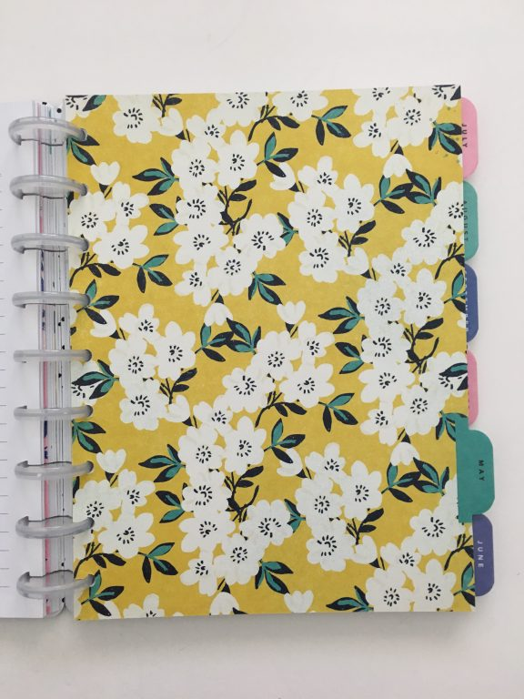 Maggie Holmes day to day planner discbound vertical weekly minimalist similar alternative to mambi happy planner floral_18