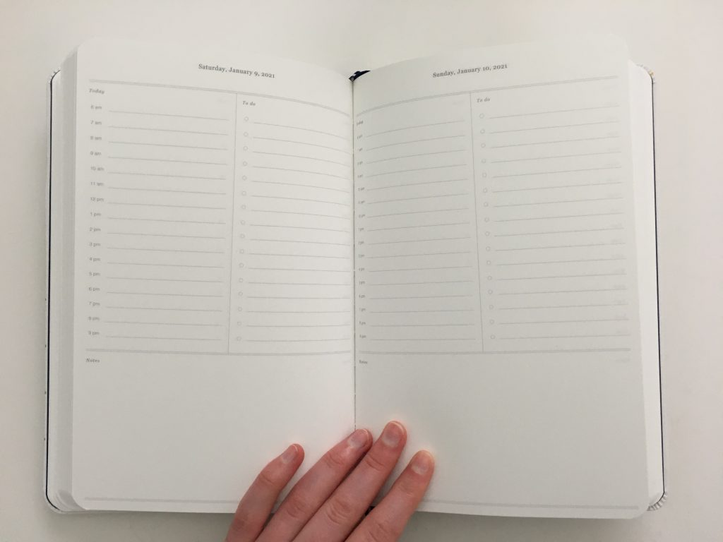 dapperdesk daily planner review emily ley dapper desk bookbound day to a page daily schedule to do list monthly calendar simplified video pros and cons honest review minimalist_11