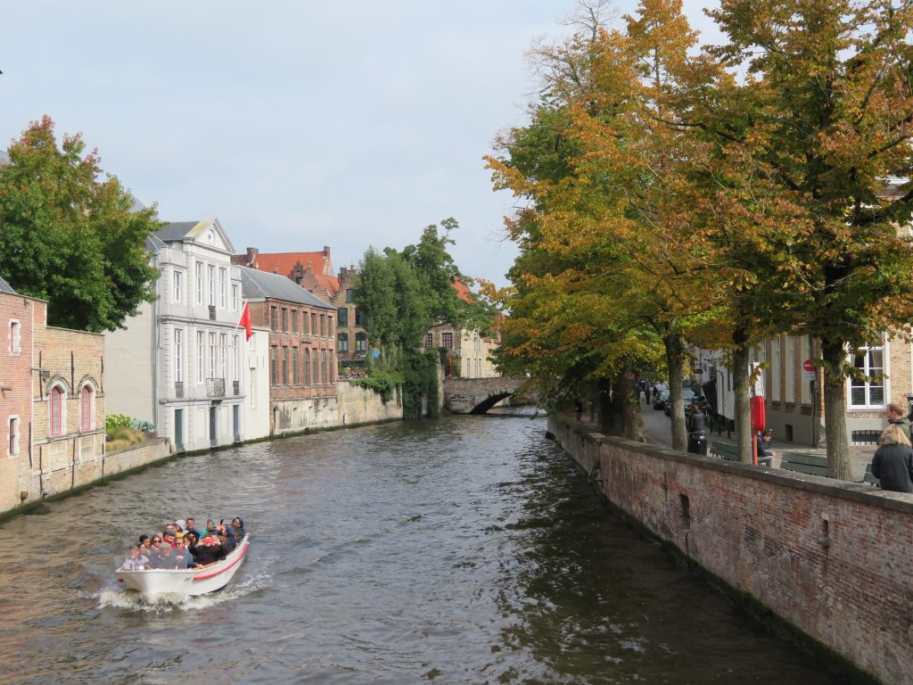 bruges things to see and do itinerary autumn Groenerei canal