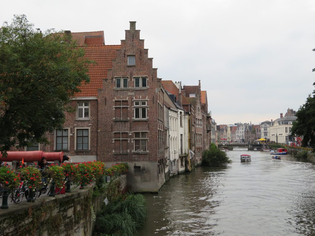 Ghent itinerary half day trip brussels on the train with bruges best photo spots things to see and do