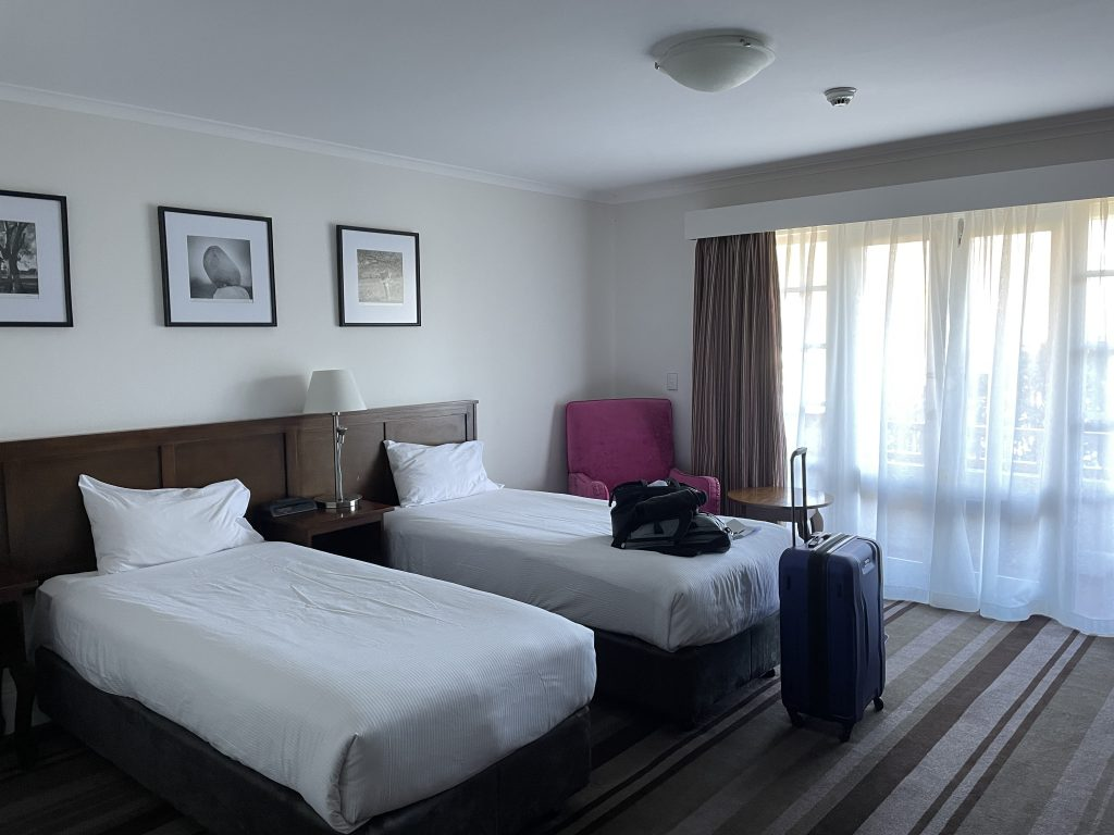 Mercure Canberra limestone avenue hotel review pros and cons would i recommend value for money hotel canberra itinerary